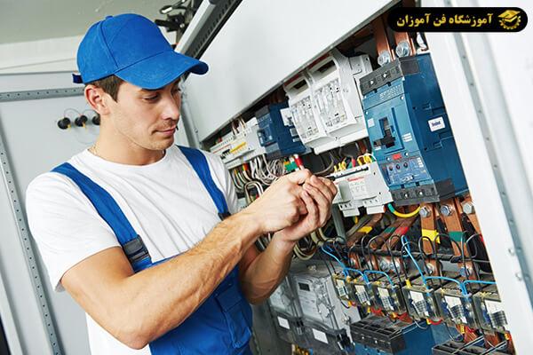 تابلو برق فشار ضعیف چیست؟
