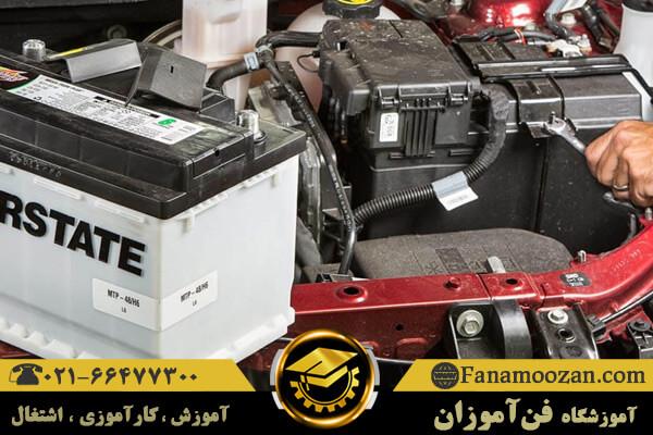 کارکرد باتری خودرو